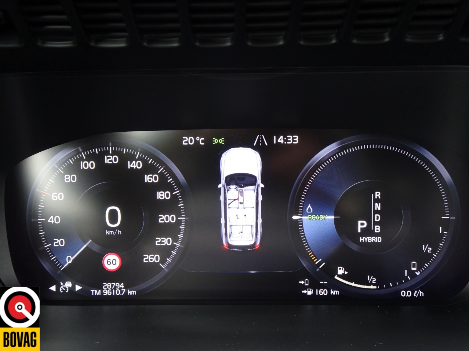Volvo-XC90-46