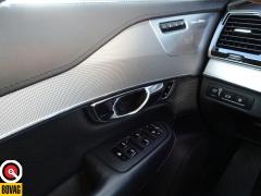 Volvo-XC90-54