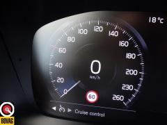 Volvo-XC90-80