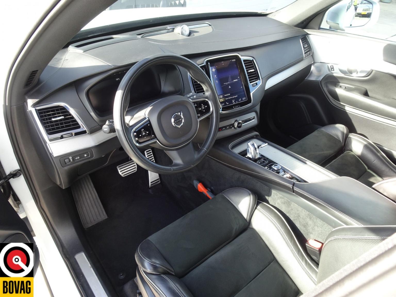 Volvo-XC90-83