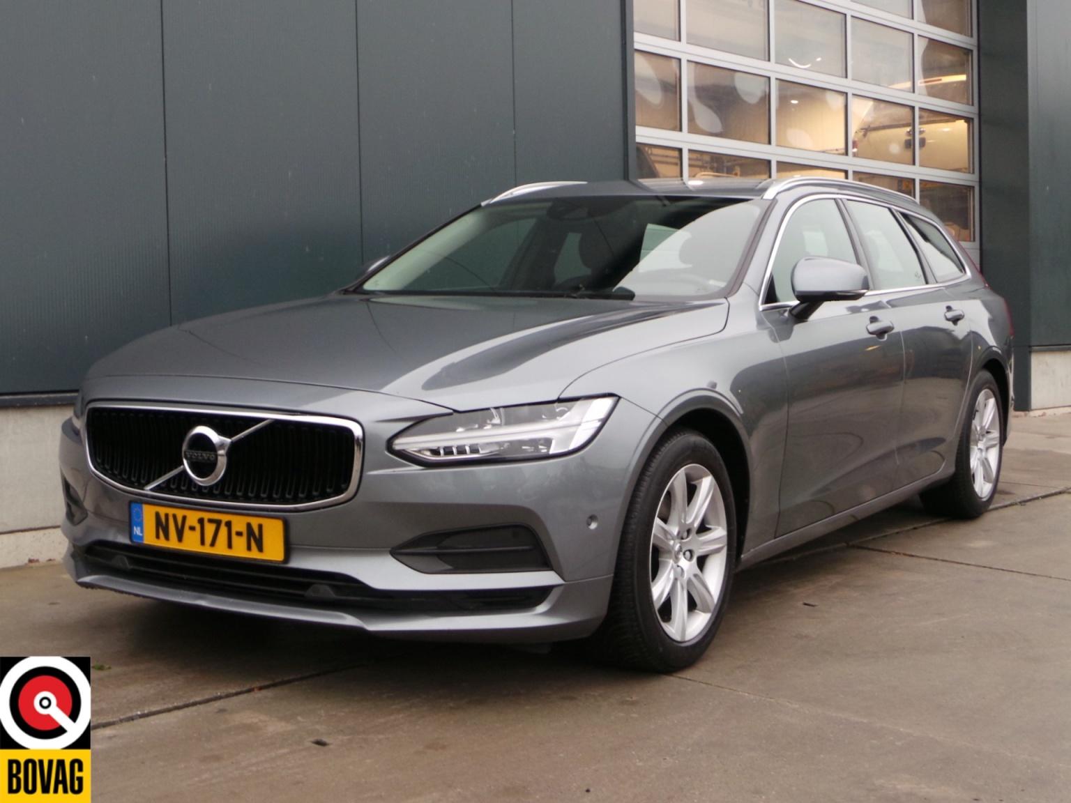 Volvo-V90-3