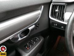 Volvo-V90-18