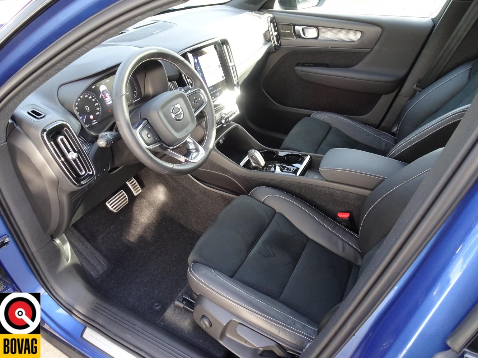 Volvo-XC40-16