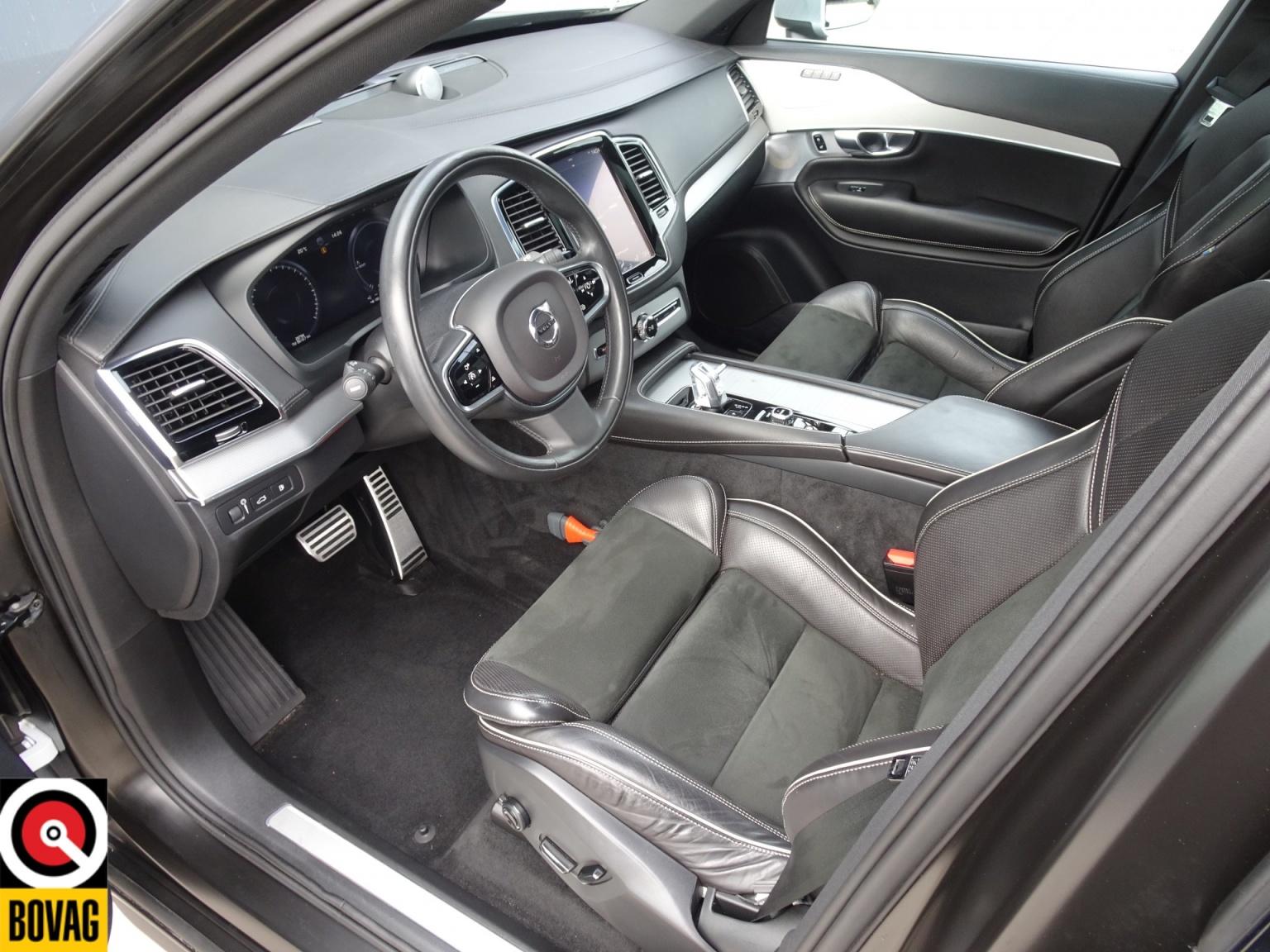 Volvo-XC90-7
