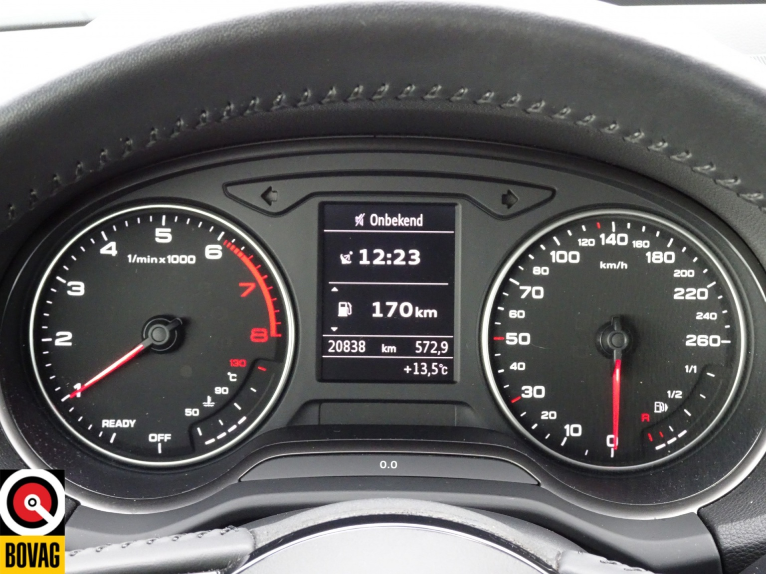 Audi-Q2-34