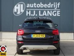Audi-Q2-10