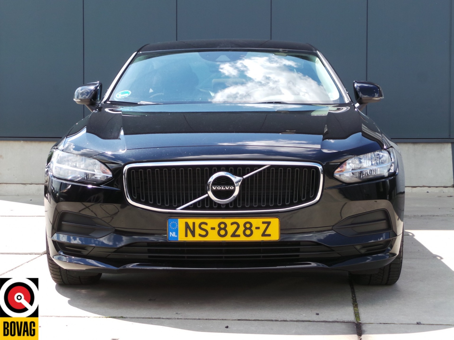 Volvo-S90-9