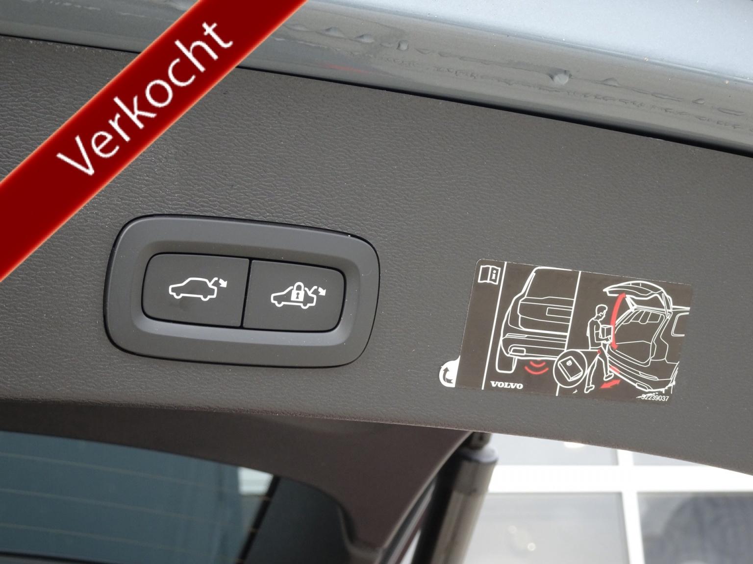 Volvo-XC40-14