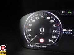 Volvo-XC40-39