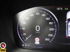 Volvo-XC60-40