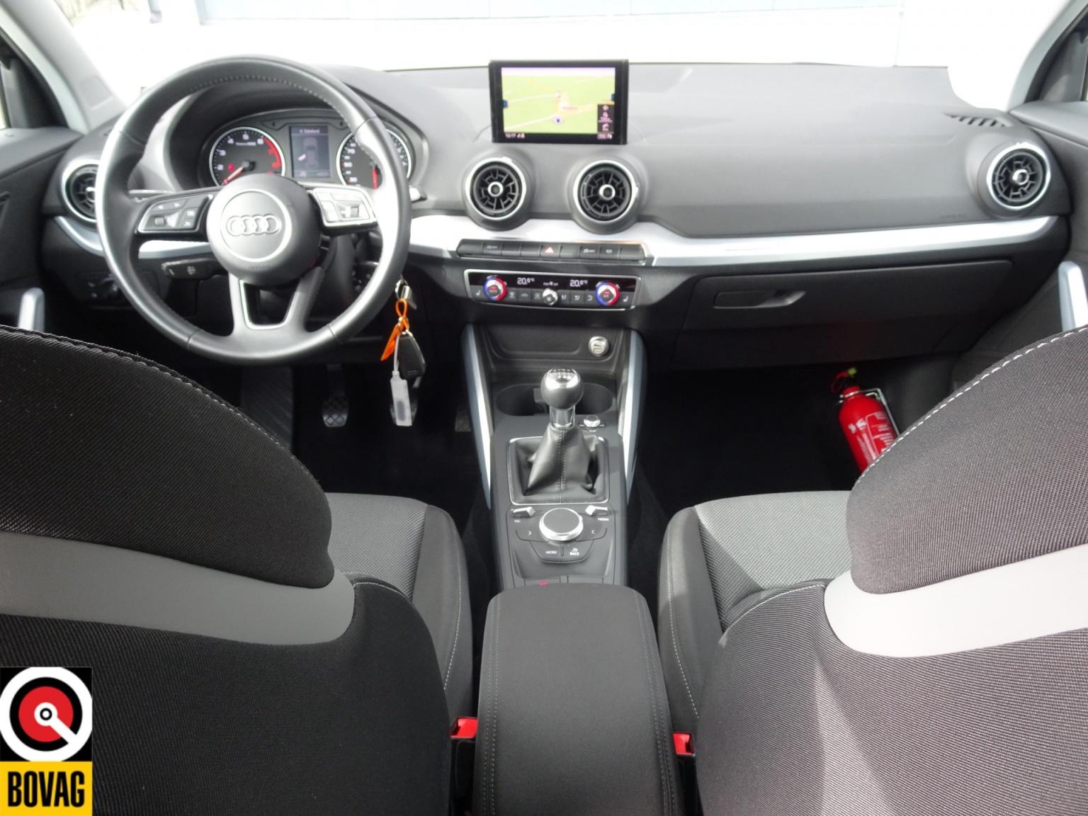 Audi-Q2-20