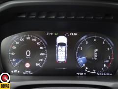 Volvo-XC90-40